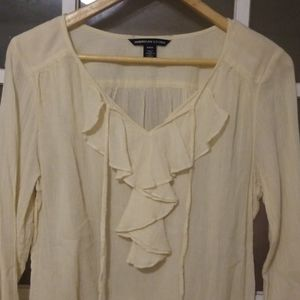 American Living cream  pullover long sleeve top